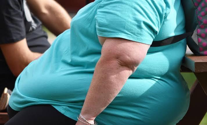 سبب السمنة المرضية وراثيا ام سلوكيات غذائية خاطئة