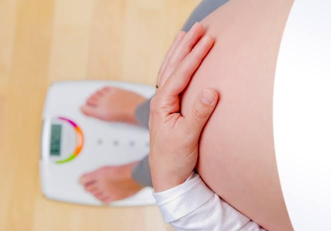 تاثير السمنة على الحمل